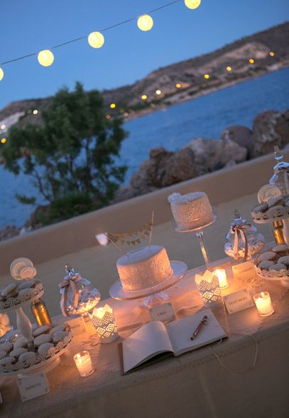 white and gold dessert table- Mitheo Events | Concept Events Styling