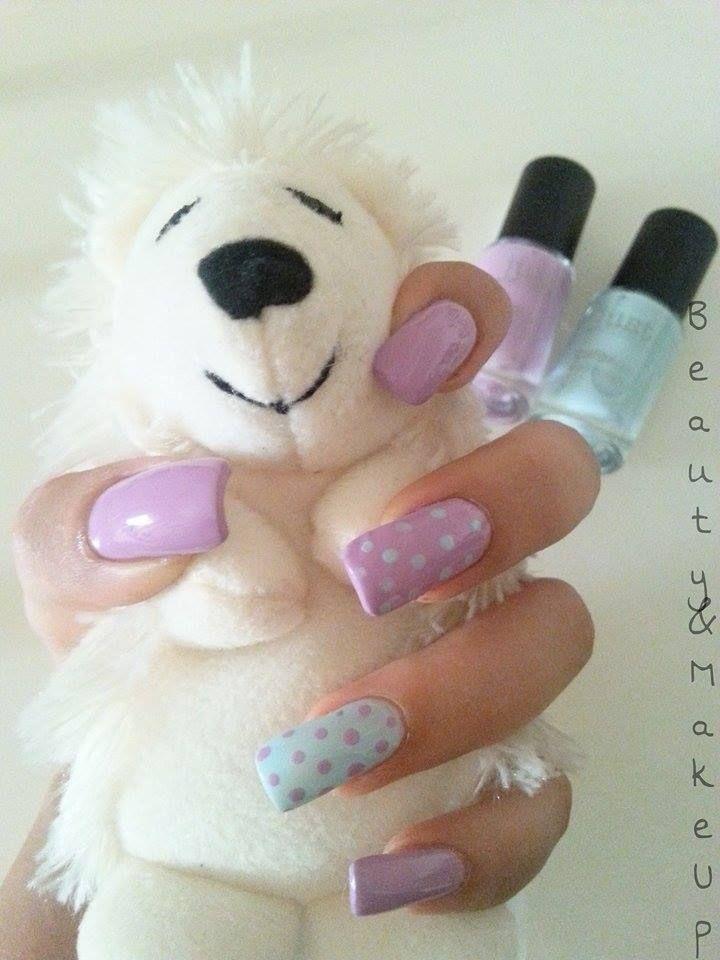 Nail Art realizzata con gli smalti ColorAzzi di Just Cosmetics