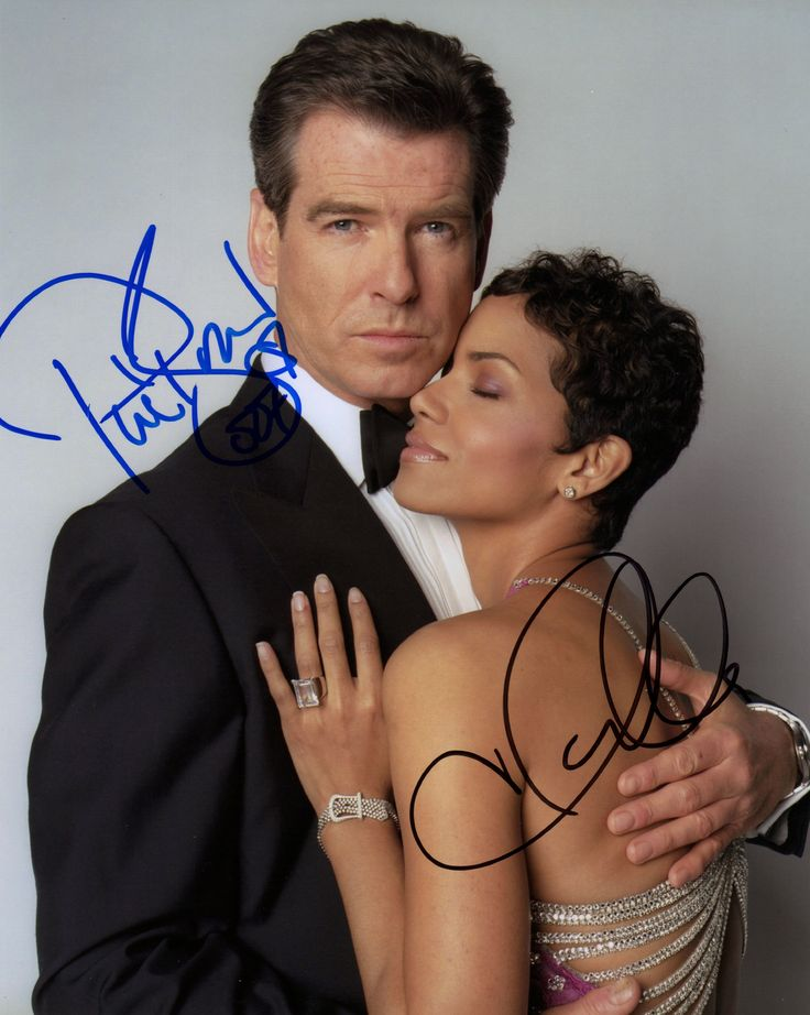 JAMES BOND PIERCE BROSNAN & HALLE BERRY DIE ANOTHER DAY IN PERSON SIGNED PHOTO