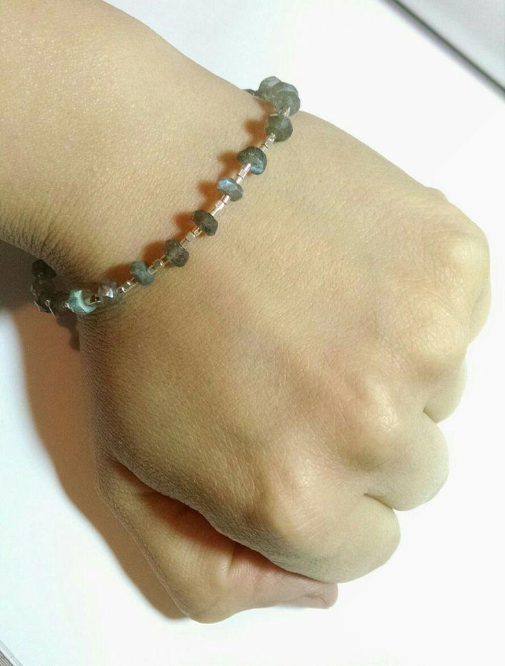 Pulsera en Plata y Labradorita, Disponible #pulseras#piedrasnaturales#plata