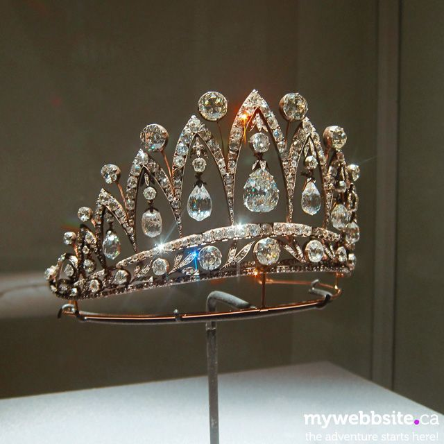 The famous Faberge t beauty bling jewelry fashion
