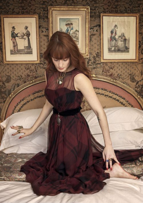 Florence Welch, photographed by Sam Taylor-Johnson for Vogue, (May, I guess. because of the background, it's in Flo's home!) 2013.