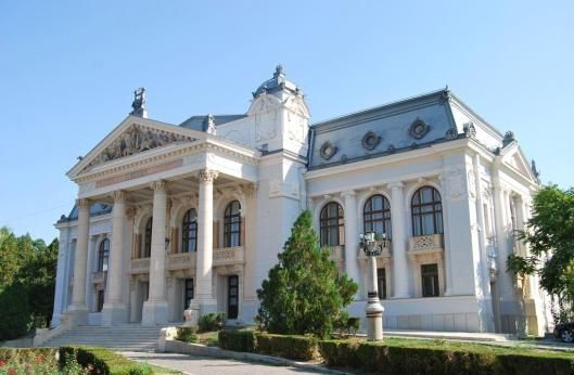 front teatru national vasile alecsandri Iasi Theatre Romania culture