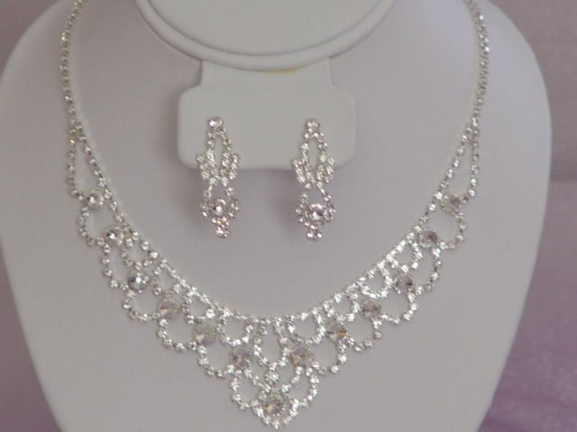 expensive wedding jewelry sets for brides | this bridal jewelry is really stunning to have on your wedding if you ...