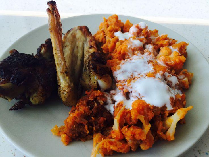 Dal Indian cu linte și conopidă // Indian Dal with lentils and cauliflower