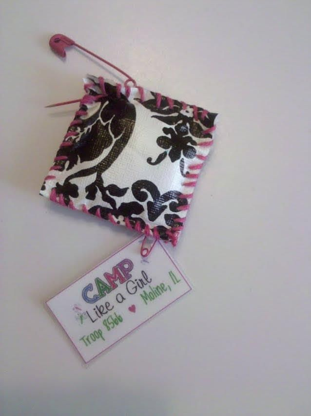 sit-upon swap... love the pink and black toile color scheme! camp like a girl! :-)