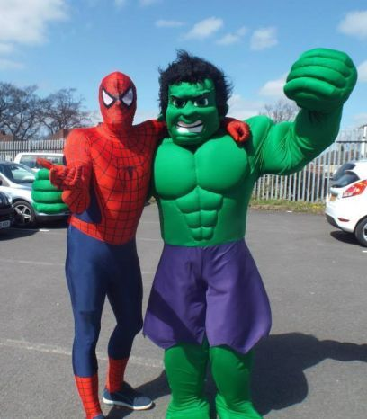 spider man and the hulk mascot  by www.firstchoicebouncycastlehire.co.uk