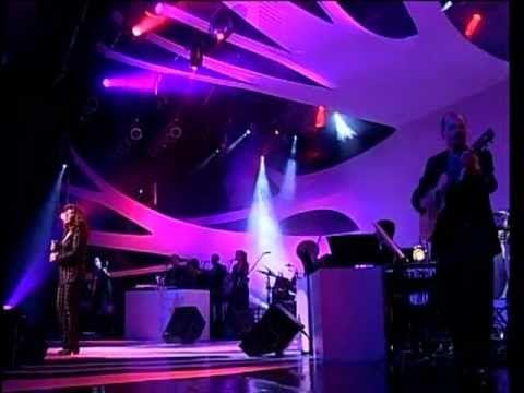 """Roberta Miranda - Cadê Você (Vídeo Oficial)  Composição: Odair José  Faixa retirada do DVD """"A Majestade, o Sabiá - Ao Vivo"""" (2000 - Universal Music)"""