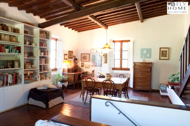 Proponiamo in vendita, al prezzo di 600.000 € questa casa padronale del 1860 nel comune di Carmignano (Prato) vicino a Firenze. Maggiori dettagli su B-Fly Home: #solobellecase.