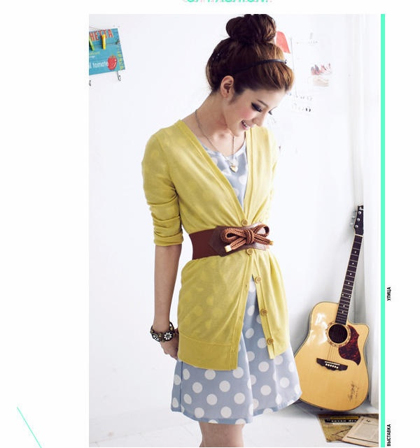 This is adorable! Colors Combos, Belts With Dresses, Polka Dots, Cute Outfit Dresses, Belts Cardigans, Cute Yellow Outfit, Dresses And Belts, Outfit With Belts, Grey Dresses