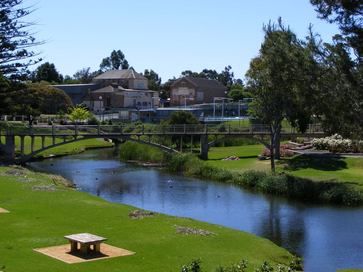 This is a very pretty village in the Adelaide Hills, just 25 mins from my house. Strathalbyn South Australia #adelaide #australia