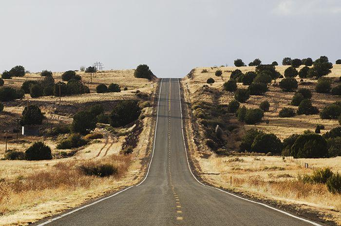 Le plan était simple: rouler dans le désert et abuser des photos de cactus. Je n'avais pas prévu explorer vignobles, vallée verdoyante et montagnes touffues. Bienvenue en Arizona… vraiment?