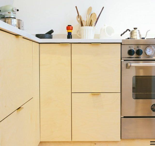These Are The 3 Best Materials For Your Kitchen Cabinets