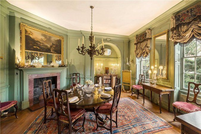 Former Mayor Bloomberg Buys London Mansion for $25 Million - The New York Times