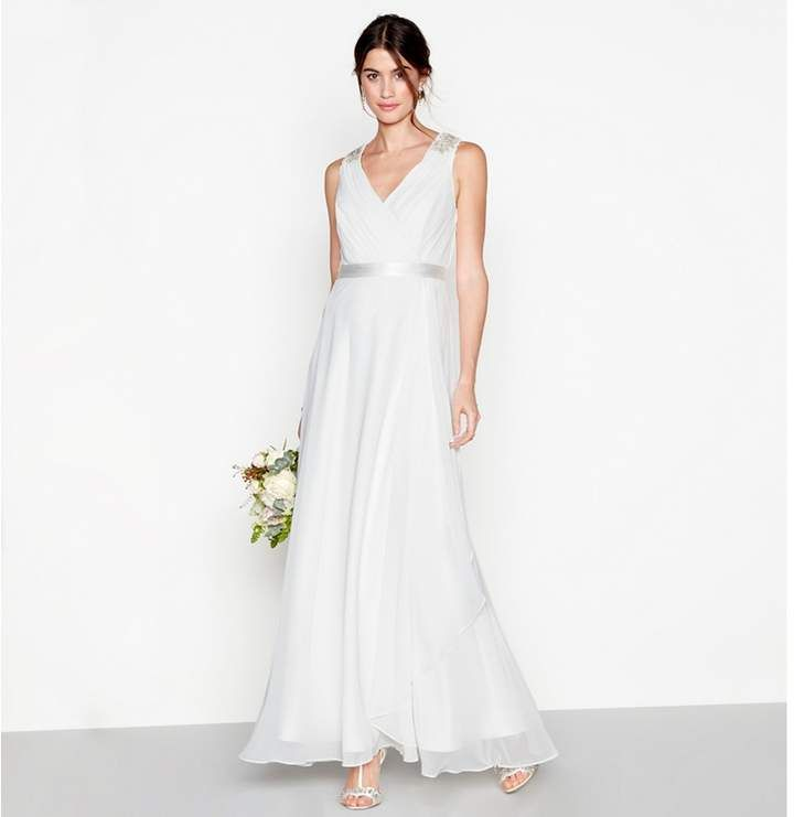 Debut Debut Ivory Chiffon Gemima V Neck Full Length Wedding Dress This Elegant Floor Touching Grecian Style Dresses Bridal Dresses Elegant Wedding Dress