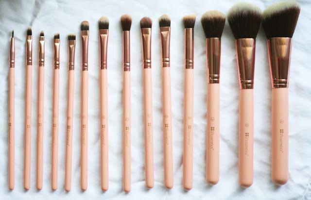 BH Cosmetics brush set #makeup #brushset #brushes #makeupbrush #pink #pretty #marble #rosegold