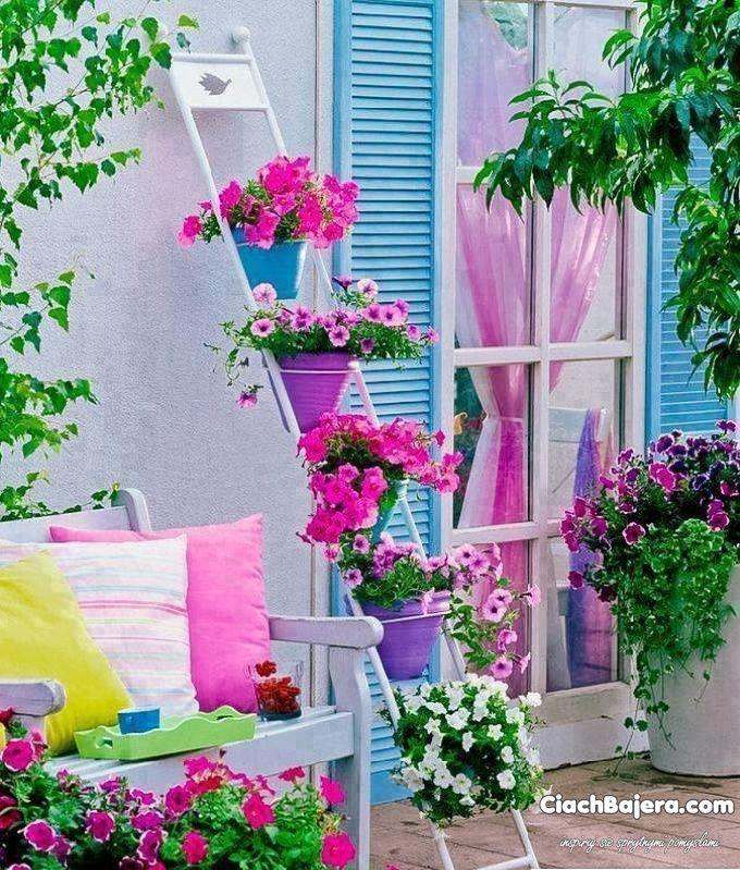 piękny stojak na kwiaty