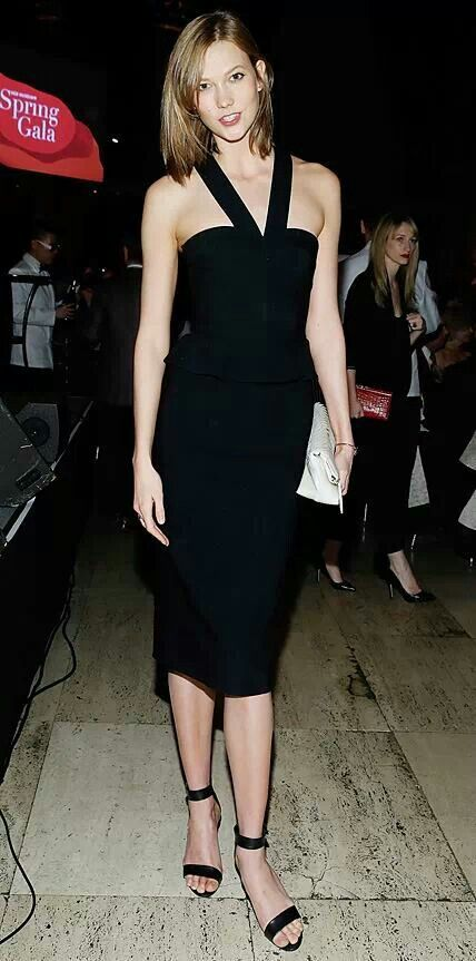 Karlie #kloss in #halter #LBD and strappy sandals... simple!