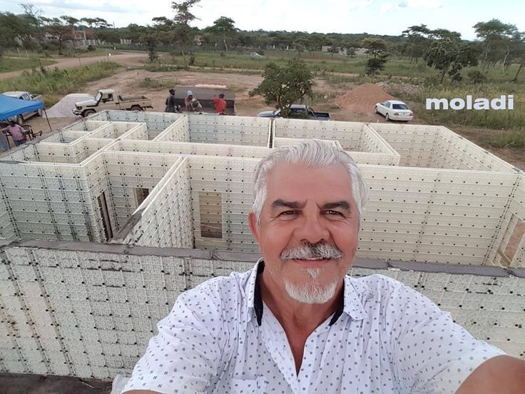 Show house in Zambia - 110m2 three bedroom home Cast using #moladi reusable plastic formork and stripped in just 4 days by local unskilled workers. #plasticformwork #housedesign #construction #contractor #homebuilder #homes #realty #realestate #architecturelovers #architect #viviendasocial #formwork #newconstruction #concrete #archdaily #builder #instagood #innovation #constructionlife #housingcrisis #architectura #cement #housedesign #reinforcing #design #newtech #HennieBotes #picoftheday…
