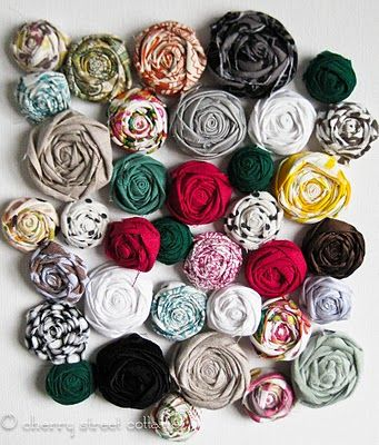 Adorable little fabric flowers tutorial                              …                                                                                                                                                                                 More