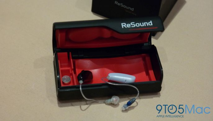 Resound Linx, the world's first and smallest MFi Bluetooth hearing aid was demoed at the Bluetooth SIG event.