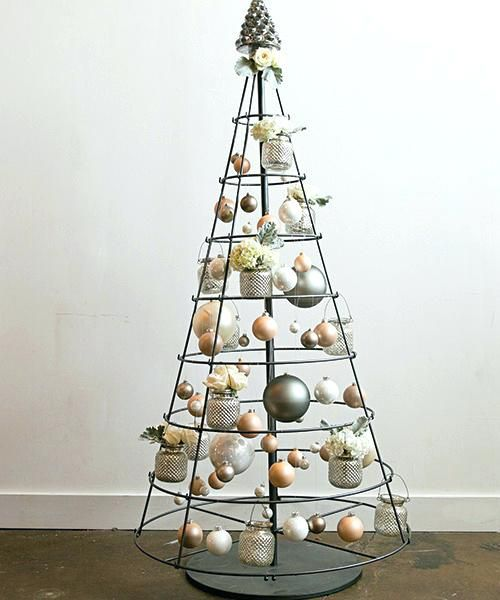 25+ Unique Metal Christmas Tree Ideas On Pinterest