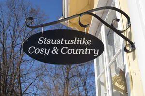 Maalaishenkinen sisustus- ja lahjatavaraliike   Sisustusliike  Cosy & Country Marketanpuisto Pehtorinkuja 5 02940 ESPOO