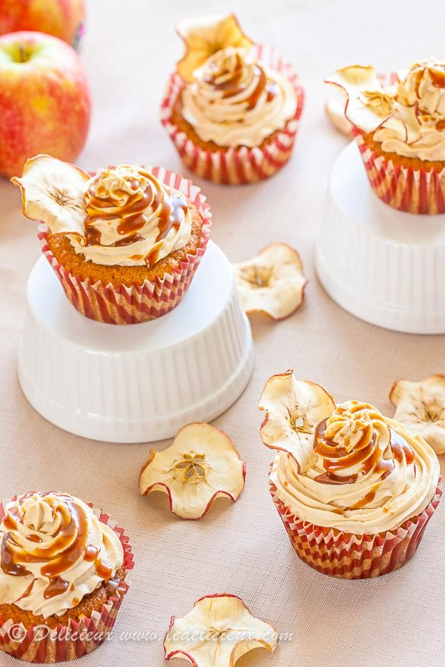 Salted Caramel Apple Cupcakes on http://www.ledelicieux.com
