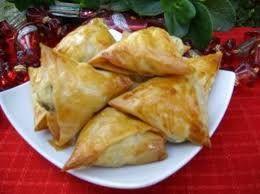 Briwat de pollo y almendras (receta marroquí)