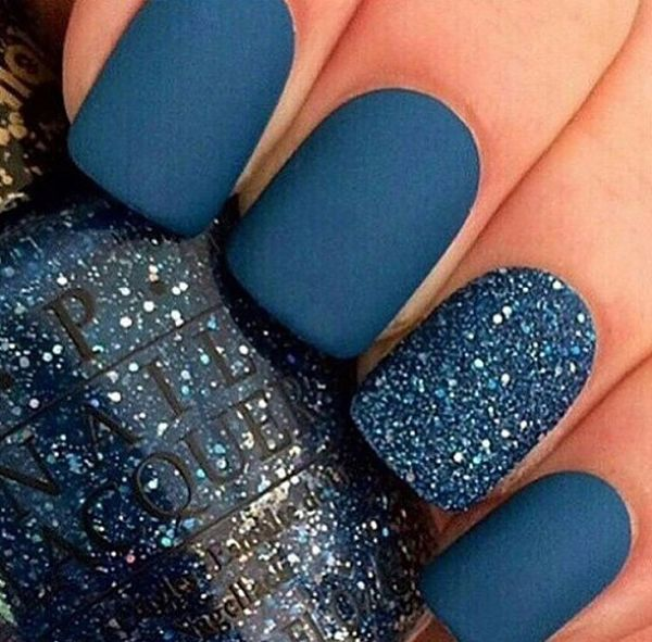 Matte blue & sparkly nail art design idea | Matte nails