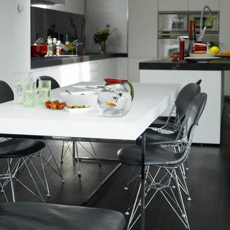 Las 25 mejores ideas sobre sillas negras en pinterest - Sillas cocina negras ...