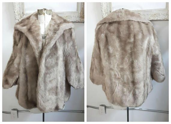 Vintage Silver Vegan Fur Wrap Bridal fur Wrap. Faux Fur Wrap