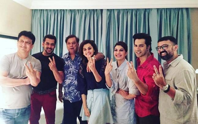 PIC: Salman Khan joins Varun Dhawan, Taapsee and Jacqueline for Judwaa 2 : Bollywood, News http://indianews23.com/blog/pic-salman-khan-joins-varun-dhawan-taapsee-and-jacqueline-for-judwaa-2-bollywood-news/