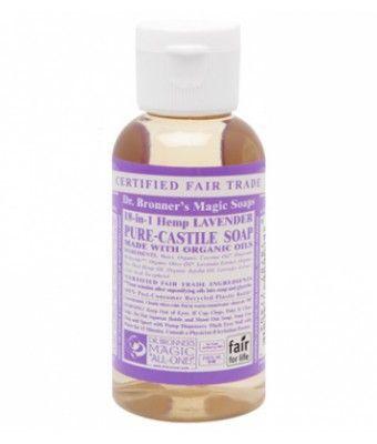 Lavender Castile Liquid Soap es un jabón líquido 100% natural de Lavanda. Es una fragancia relajante, ideal para personas cansadas y estresadas. Calma los nervios y alivia el cuerpo. Perfecto para una ducha antes de acostarse o para comenzar el día relajadamente y con la mente tranquila. Los jabones líquidos de Dr.Bronner's son multifuncionales. Descubre todos sus usos en consejos. 59ml