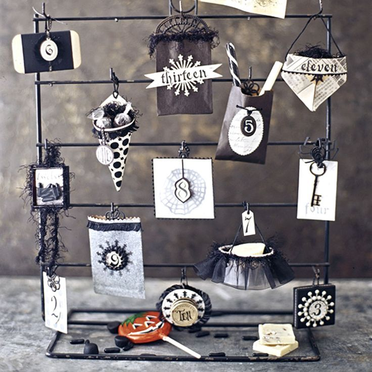 Black-and-White Halloween ProjectsHalloween Advent, Halloween Projects, Halloween Haunted, Countdown Calendar, Halloween Countdown, Hallows Eve, Advent Calendar, Halloween Inspiration, Halloween Treats Bags