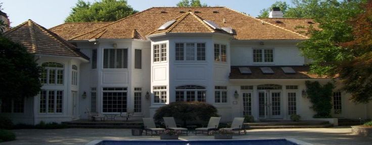 Hire the top rated roofing, siding, windows contractor in Gaithersburg MD, Rockville MD, Germantown MD and Silver Spring MD. Seneca Creek Home Improvement offers a personal service unmatched in the area. They are family owned and provide excellent service >> Roofing Contractors Germantown MD, Siding Contractors Gaithersburg MD, Replacement Windows Rockville MD --> http://senecacreekhomepro.com/