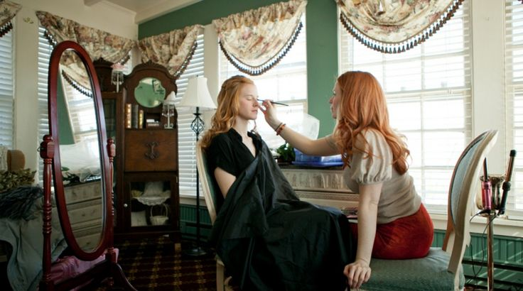 By: Guest Writer, Theresa Bullock: The Bridal Goddess  Being a redhead myself, a hair professional for fourteen years (specializing in red hair color and wedding styling), I know a thing or
