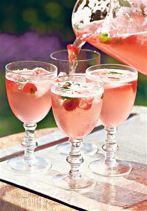 How to make low-sugar summer cordials - Rhubarb & Strawberry Cordial