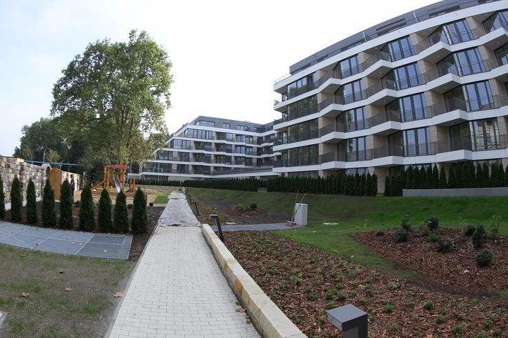 In September the project Residenz am Zwinger in Dresden city center successfully received the final building approval. All 86 apartments intended for sale are just passing on the new owners. The remaining 103 flats intended for rent, are currently furnishing, so that we could welcome the first tenants as soon as possible. www.residenz-am-zwinger.de