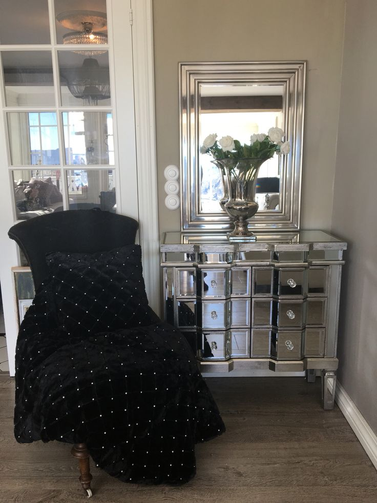 Love My glam drawer And mirror