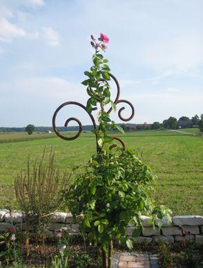 10 best Gartendeko - rostige Gartenstäbe, Rosenstäbe ...