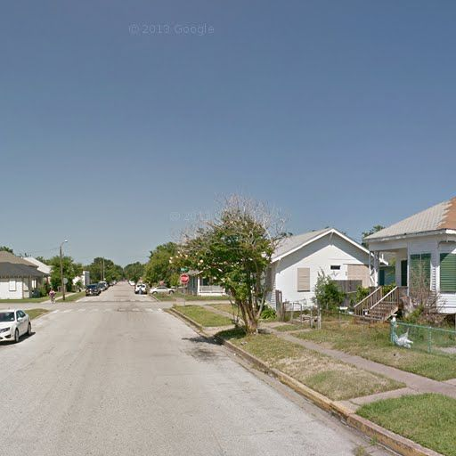 Trulia Real Estate Listings Homes For Sale Housing Data: Photos, Maps, Description For 4009 Avenue N 1/2, Galveston
