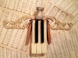piano key angel