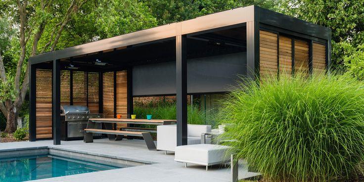 Tuin overkapping lamellen met buitenkeuken aan zwembad - via Jumbo #tuin #terras #veranda