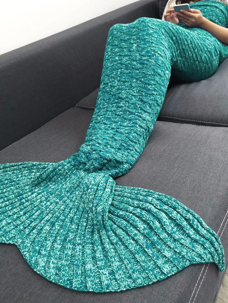 FREE SHIPPING (US only) - Soft knitted mermaid tail blanket - 70 inches long - Made from super soft acrylic - Wrap yourself up on the couch on watch your favorite TV show - Curl up in bed with your fa