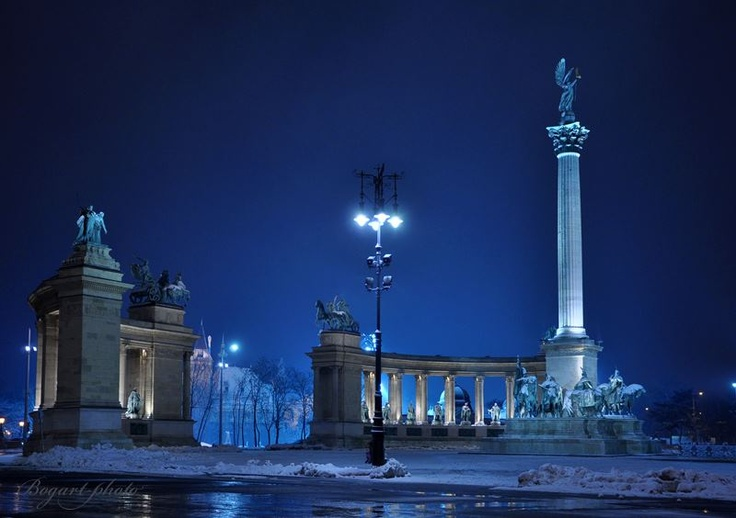 Breathtaking <3 Budapest <3 Hero Square
