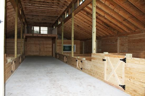 Barns and Buildings - quality barns and Buildings - horse barns - all wood quality custom wood barns - barn homes - rustic barn home - horse facility - horse stalls - riding arenas - pole barns - metal roofing - wood homes - barn builder - nationwide barn -mini horse stalls