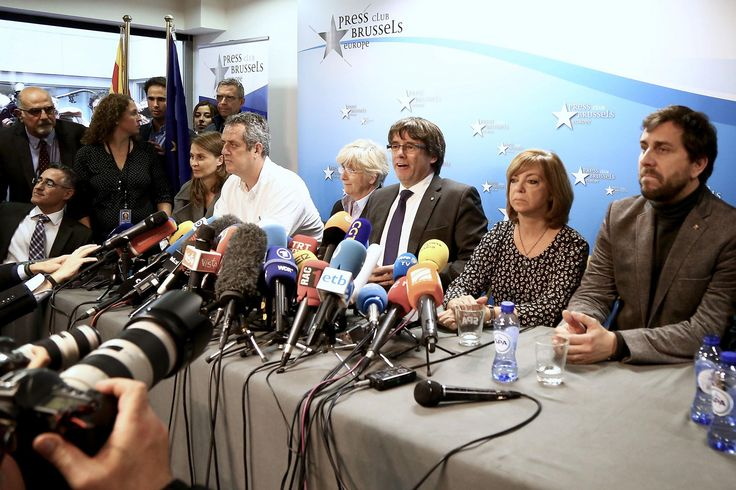 Hot, last-minute and chaotic, ousted Catalan leader Carles Puigdemont's first press conference since fleeing Barcelona for Brussels was a fitting tribute to the political crisis that has gripped Spain. Amid speculation that he and members of his former cabinet would seek political asylum, fuelled by the comments of a Belgian minister, the disputed Catalan president instead recommitted himself to the independence cause.