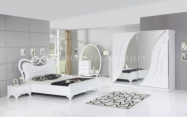 Klasik tasarım denince akla gelen ilk takım olan Eliza Yatak Odası odalarınıza ihtişamı taşıyor. #mobilya #inegöl #dekorasyon #klasik #tasarım #yatak #oda #beyaz #yaşam #ev #dolap