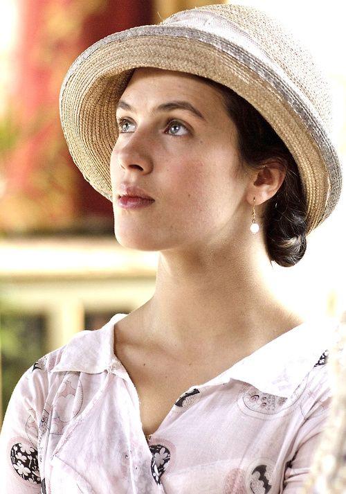 Jessica Brown Findlay as Lady Sybil Crawley in Downton Abbey (2010)